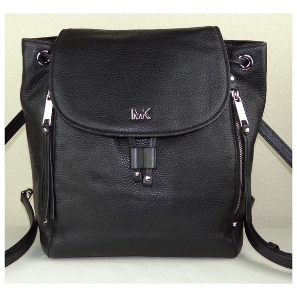 22db3b05a4bc51 Michael Kors Bags | Evie Medium Backpack Black Calfski | Poshmark